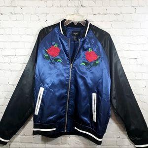 Men's Forever 21 blue and black jacket  size Large